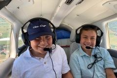 kids-in-plane